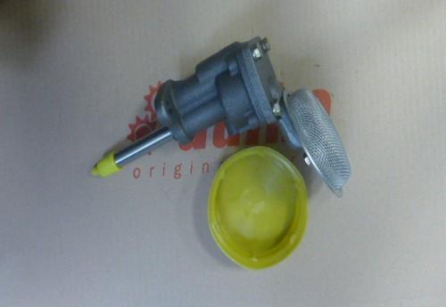 Pompa oleju Nissan H25